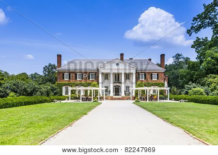 Boone Hall Plantation And Gardens