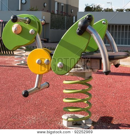 Bouncy Colorful Spring Playground Equipment, Plastic Grasshopper On Springs