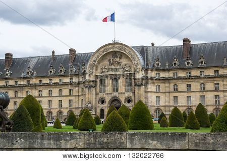 Les Invalides (The National Residence of the Invalids and Army Museum) in Paris France