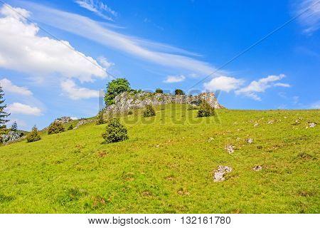 Valley Eselsburger Tal - Impressive Rocks
