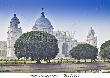 Victoria Memorial Kolkata India . A Historical Monument of Indian Architecture. It was built between 1906 and 1921 to commemorate Queen Victoria's 25 years reign in India.