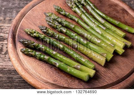 Sauteed Organic Asparagus With Herbs And Garlic