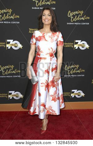 LOS ANGELES - JUN 2:  Bellamy Young at the Television Academy 70th Anniversary Gala at the Saban Theater on June 2, 2016 in North Hollywood, CA