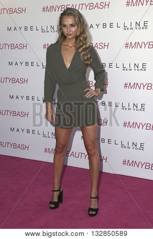 LOS ANGELES - JUN 3:  Madison Iseman at the Maybelline New York Beauty Bash at the The Line Hotel on June 3, 2016 in Los Angeles, CA