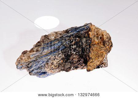Kyanite - Disten Mineral