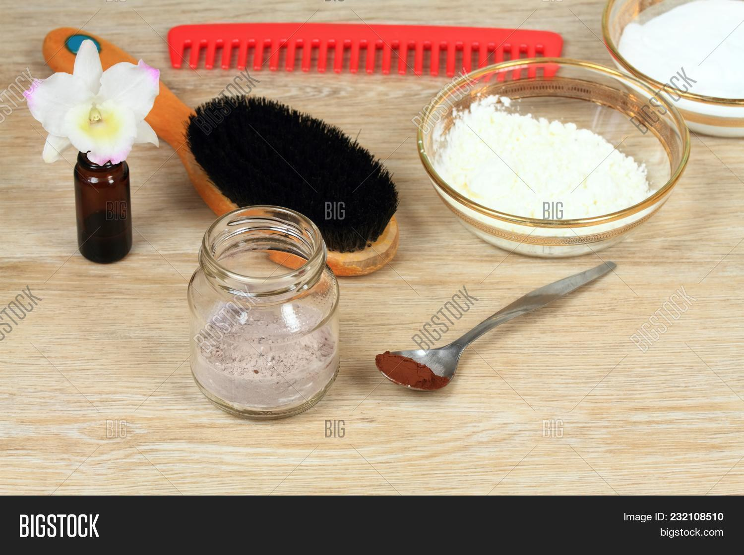 Homemade Dry Shampoo Image & Photo (Free Trial) | Bigstock