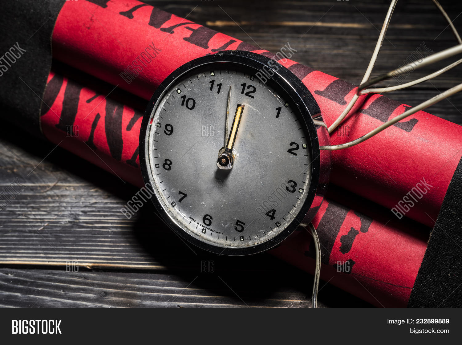 Dynamite Bomb Timer, Image & Photo (Free Trial) | Bigstock