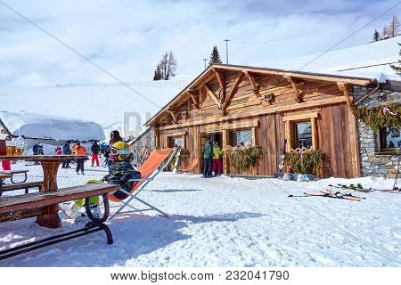 La Thuile, Italy - March 4, 2018: Skiing On The San Bernardo Pass On 4 March 2018 In La Thuile, Ital