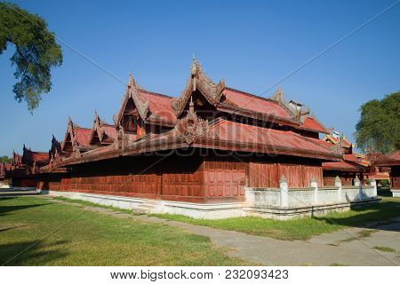 Mandalay, Myanmar - December 22, 2016: Constructions Of The Royal Palace On A Sunny Afternoon. Burma