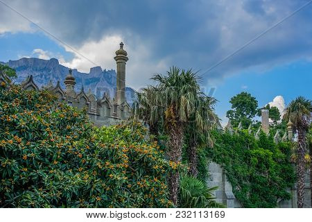 Yalta, Crimea - June 22, 2015: The Architecture Of The Vorontsov Palace With Beautiful Vegetation On