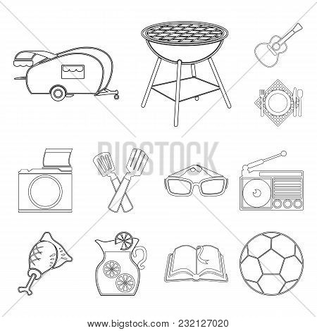 Picnic And Equipment Outline Icons In Set Collection For Design. Picnic In The Nature Vector Symbol