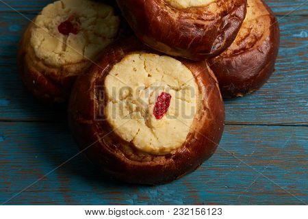Round Russian Scones With Cottage Cheese - Vatrushka On Rustic Wooden Table Background, Top View. Tr