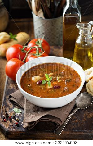 Tomato Minestrone Soup With Beans And Pasta