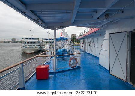Russia, Saint-petersburg - August 18, 2017: Utkina Wharf Plant. White Cruise Ships Moored To The Pie