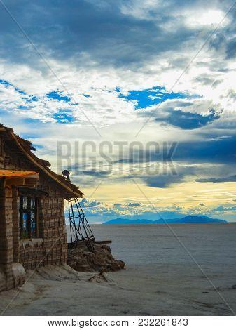 Salt Hotel On The Bolivia S Salar De Uyuni The World S Largest Salt Flats