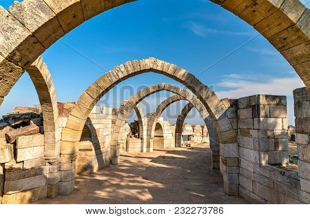 Saat Kaman, Seven Arches At Pavagadh Hill In Gujarat State Of India