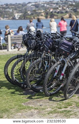 La Jolla, San Diego, California/united State -march 11, 2018: A Group Of Bicycles Parked In A Grassy