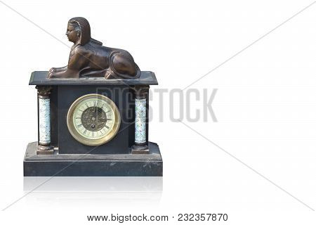 Di Cut Ancient Clock On White Background,object,old,copy Space