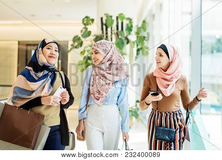 Diverse Islamic women  shopping