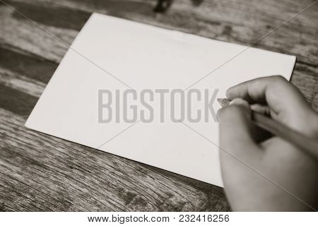 Hand With Empty Blank Paper Note Space For Text Vintage Colortone