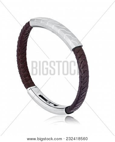 Bracelets For Men Are A Great Way To Express Personality In A Subtle Way. With This Best Style And T
