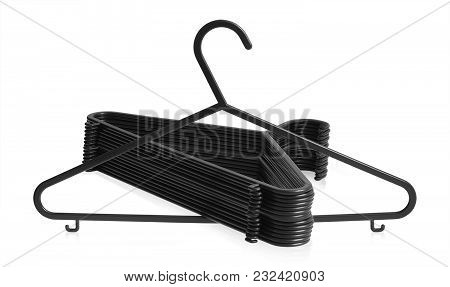Strong Black Hanger Set That Protects Your Clothes And Exclusively Designed And Manufactured Using O