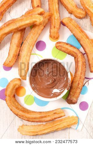 churros and chocolate dip