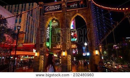 Las Vegas, United States Of America - May 05, 2016: Night Scene Along The Strip In Las Vegas At Neva