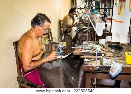 WELIGAMA, SRI LANKA - JAN 7, 2017: The visiting of traditional jewelry manufacture is the popular tourist attraction in Weligama on Jan 7, 2017.Sri Lanka.