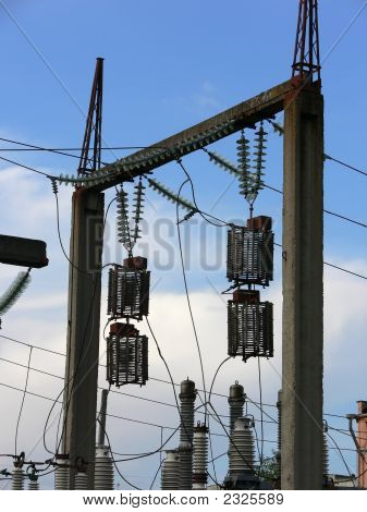 High Voltage Glass Isolators, Cables And Dischargers
