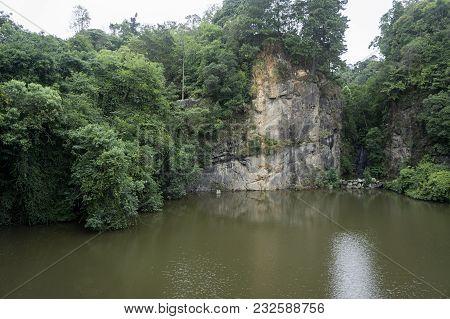 Lake Rock Mountain Vegetation Opera Arame Wire Opera Curitiba Brazil