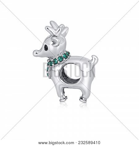 Animal Shaped Pendant That You Keep Close To Your Heart. Matched This Beautiful Pendant With The Per
