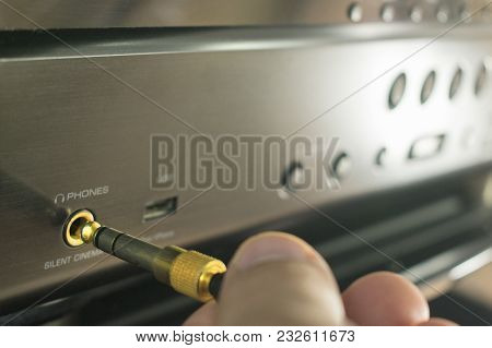 Connection By Hand Trs Connector For Studio Proffessional Headphones To The Receiver For Sound Proce
