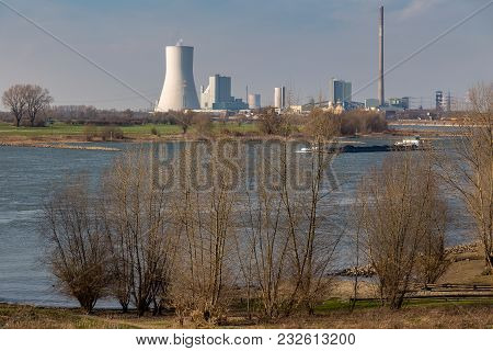 Duisburg, North Rhine-westphalia, Germany - March 26, 2016: View From Alsumer Berg Over The River Rh