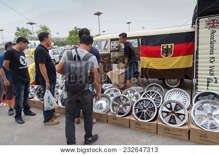 Nonthaburi, Thailand - March 10, 2018: Vw Van Owner Sell Vw Wheels And Parts In Volkswagen Club Meet