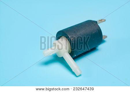 miniature liquid and gas solenoid valve