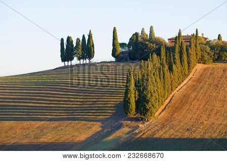Tuscany, Italy - September 21, 2017: Tuscan Landscape On A Warm September Morning. Italy