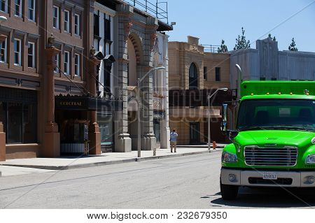 Los Angeles, Usa -july 1,2011:warner Brothers Studios In Burbank,los Angeles. The Historic 110-acre