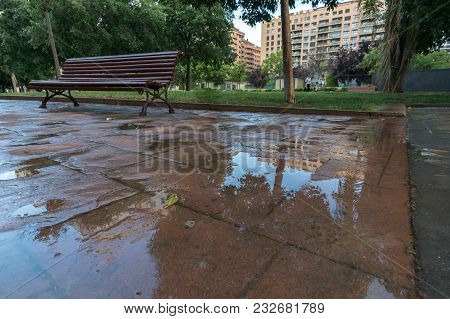 Waterproof Outer Stamped Concrete Pavement Expansion Joint Between Two Different Sectors, Cement Coa