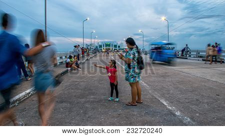 Samutprakan, Thailand - October, 29, 2017 : Unidentified Name Tourists And Visitors Enjoy Watching F