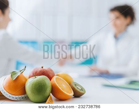 Nutritionist Meeting A Patient In The Office