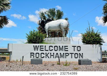 Rockhampton, Queensland, Australia - December 28, 2017. Statue Of Brahman Bull, At The Yeppen Rounda
