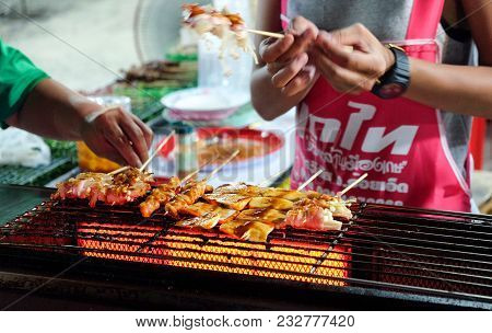 Roiet, Thailand - 20 Feb, 2018 :  An Unidentified Woman  Grilled Bbq  In Chinese Ma La Style  At