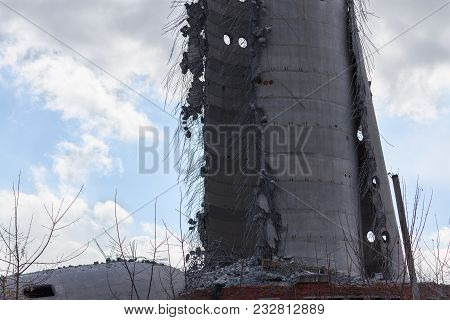 Demolition Of Abandoned Television Tower In Ekaterinburg In 24th Of March 2018. Remains Undefeated