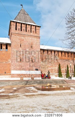 Smolensk, Russia - March 08.2018: Memory Of Heroes Square. Eternal Fire In Front Of The Tower Of Don
