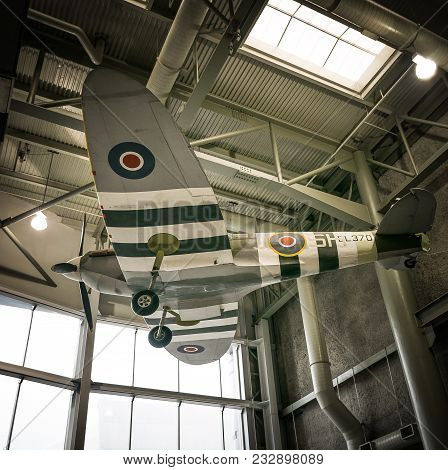 New Orleans, La Usa - 06/11/2015 -  World War Ii Military Aircraft