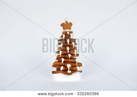The Hand-made Eatable Gingerbread New Year Tree In Snow Decoration