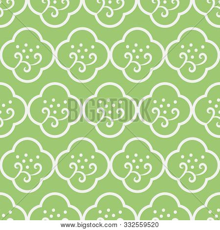 A Seamless Vector Pattern With Simple Minimal Floral Quatrefoils Ornament In Fresh Green Color. Deco