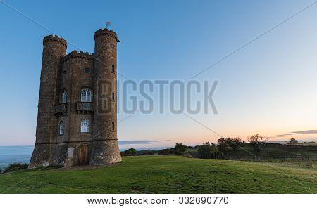 Broadway Tower, Broadway, Worcestershire, Uk At Sunrise