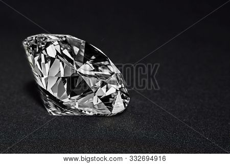 Real Diamonds Are Clean Diamonds. For Making Jewelry And Wedding Rings